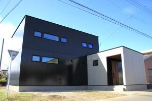 【那須塩原市】家事効率とゆとりを両立したT型の  ...